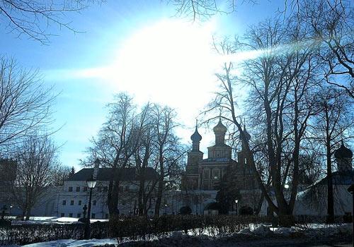Весна в Новодевичьем монастыре