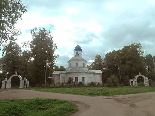 боголюбская церковь в с. великом 2015 год