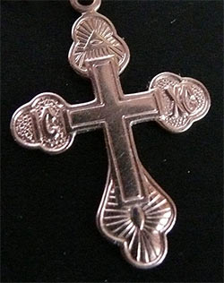 крест с масонскими символами